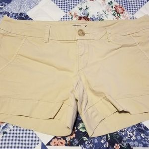 Ladies American Eagle Khaki Shorts Size 6